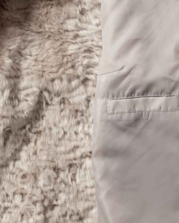 white label fake fur jacke braun jacken m ntel bekleidung f r damen sale mode. Black Bedroom Furniture Sets. Home Design Ideas